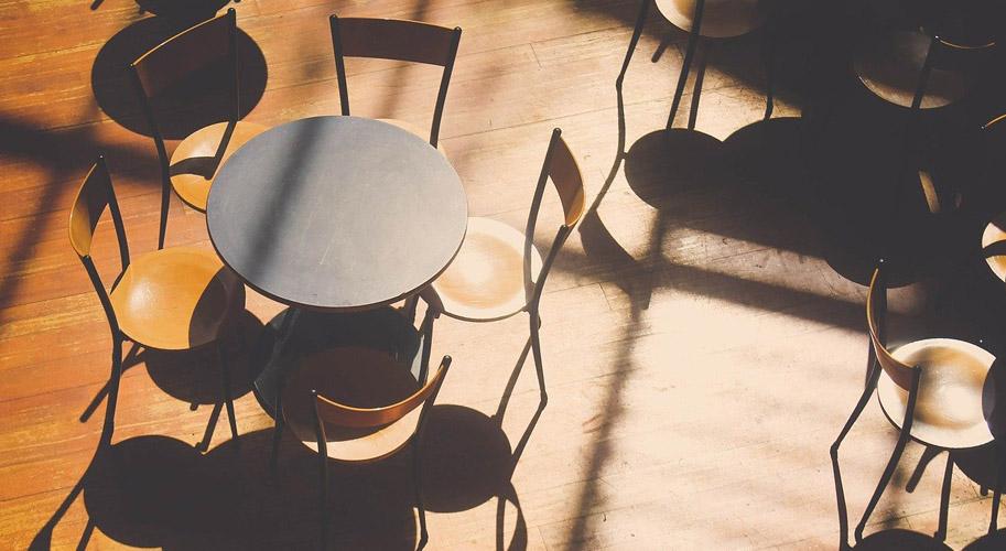 Выбираем мебель для кафе и ресторана — советы от Экономточки